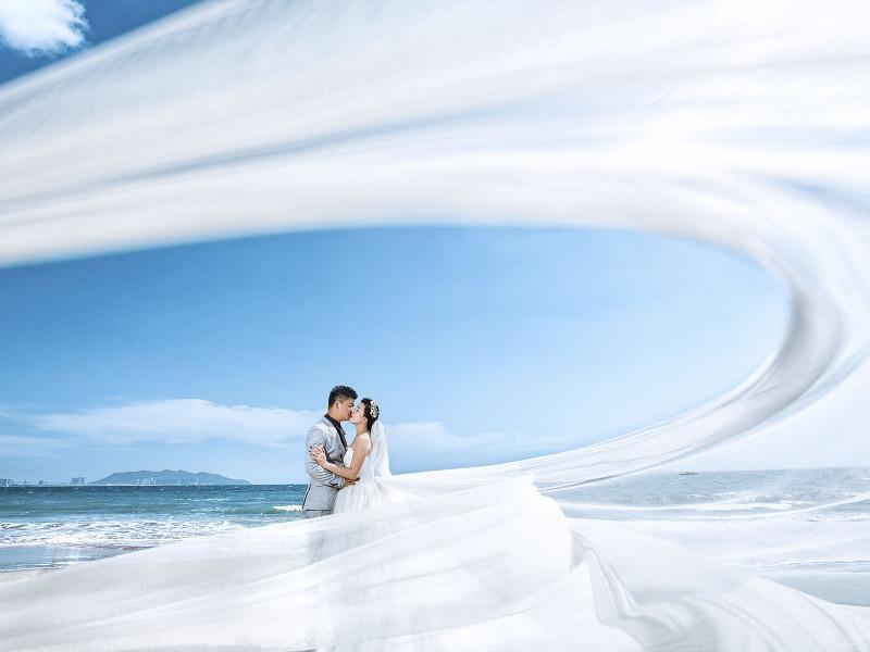 三亚旅拍海景婚纱照